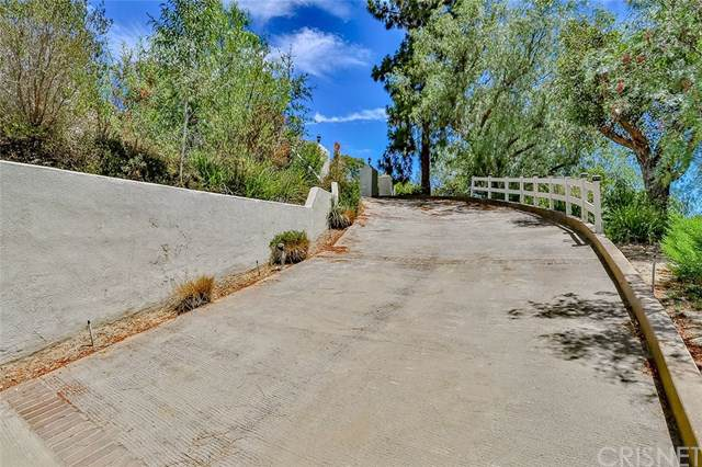 88 Stagecoach Road, Bell Canyon, CA 91307 (#SR19173561) :: The Laffins Real Estate Team