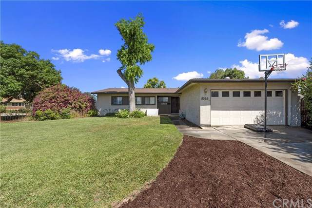 8569 Woodford Way, Riverside, CA 92504 (#IV19173566) :: The Laffins Real Estate Team