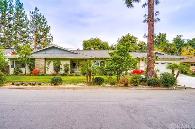 2200 Highland Vista Drive, Arcadia, CA 91006 (#AR19173707) :: California Realty Experts