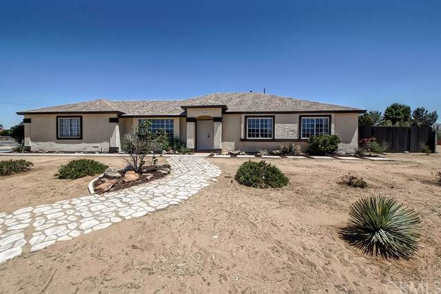 22250 Hurons Avenue, Apple Valley, CA 92307 (#IV19173879) :: Fred Sed Group