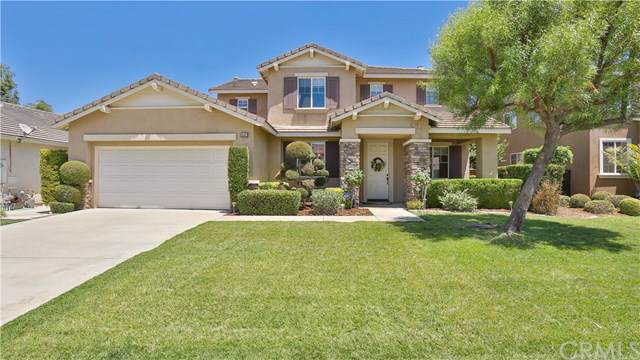 1442 Sierra Crest Court, Redlands, CA 92374 (#CV19173545) :: Fred Sed Group