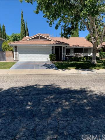 44015 Ruthron Avenue, Lancaster, CA 93536 (#CV19174346) :: Keller Williams Realty, LA Harbor