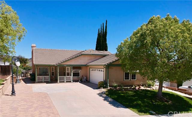 33538 Great Falls Road, Wildomar, CA 92595 (#RS19174421) :: Heller The Home Seller