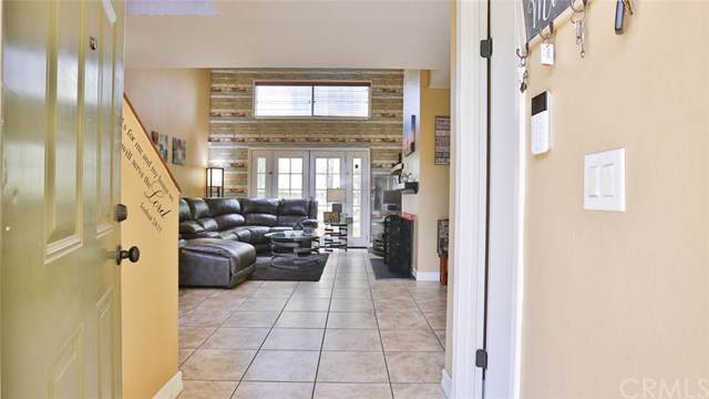 651 Parkview Drive E, Lake Elsinore, CA 92530 (#SW19175098) :: RE/MAX Masters