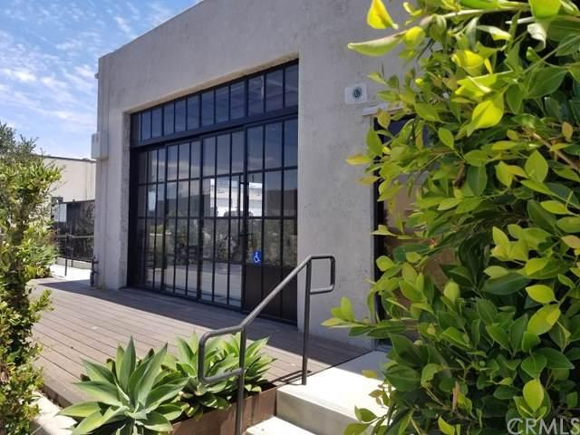 2944 Randolph Avenue, Costa Mesa, CA 92626 (#PW19175494) :: J1 Realty Group