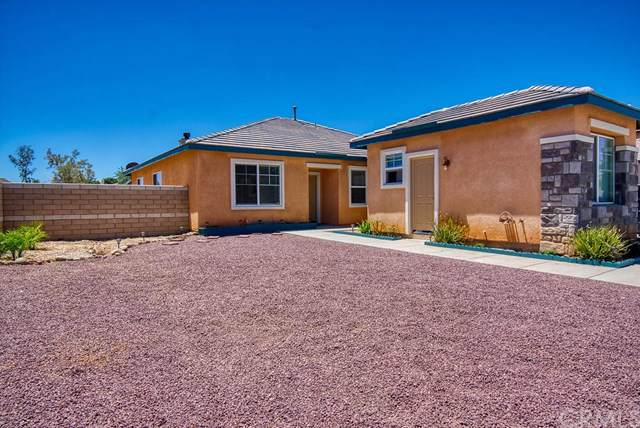 13767 Buttermilk Road, Victorville, CA 92392 (#IV19174915) :: Fred Sed Group