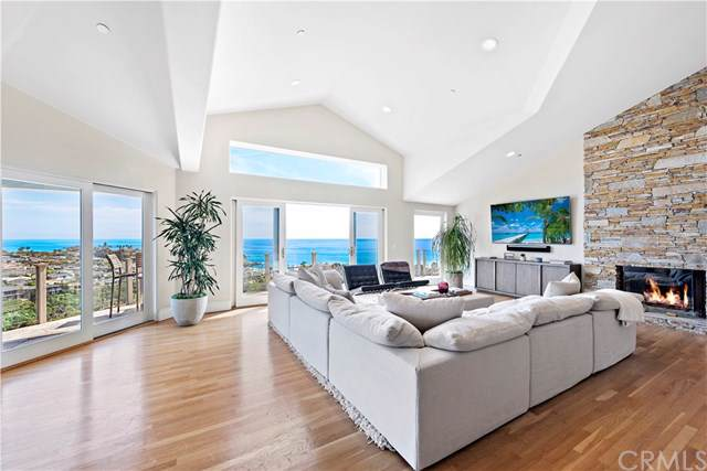 1020 Emerald Bay, Laguna Beach, CA 92651 (#NP19175551) :: Steele Canyon Realty