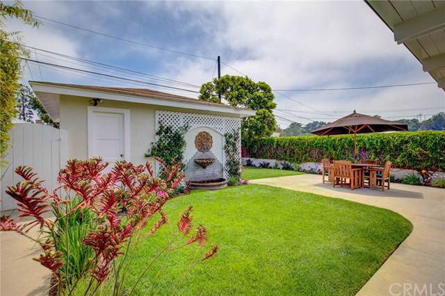 590 33rd Street, Manhattan Beach, CA 90266 (#SB19174873) :: Rogers Realty Group/Berkshire Hathaway HomeServices California Properties