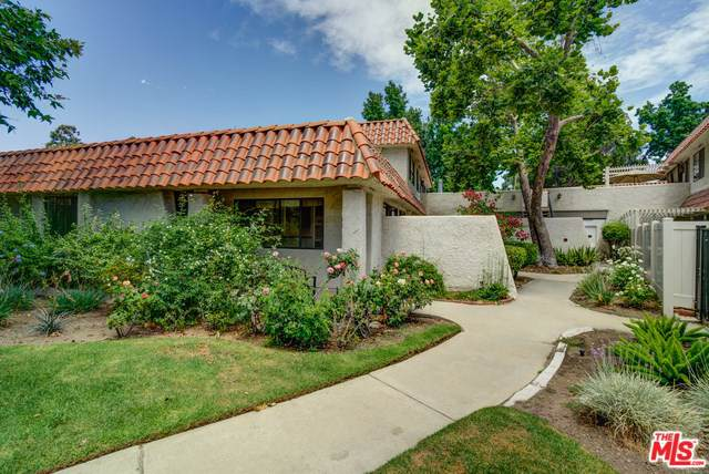 2841 Instone Court, Westlake Village, CA 91361 (#19491830) :: Veléz & Associates