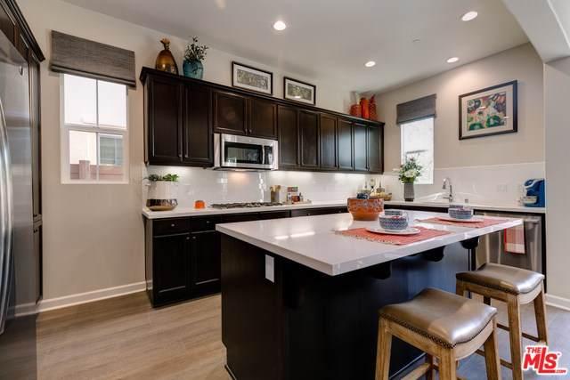 1624 Range Road 76-1, Oxnard, CA 93036 (#19493000) :: Sperry Residential Group