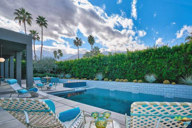 2153 S Caliente Drive, Palm Springs, CA 92264 (#19493704PS) :: RE/MAX Empire Properties