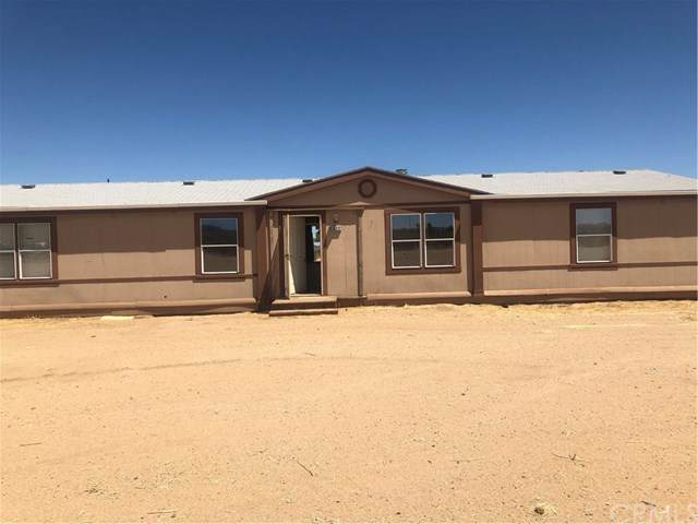 56272 Tanager Road, Yucca Valley, CA 92284 (#JT19174926) :: Sperry Residential Group