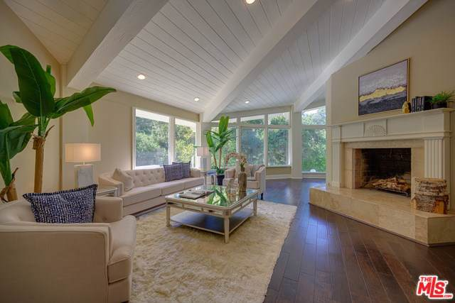 120 Bell Canyon Road, Bell Canyon, CA 91307 (#19493964) :: Faye Bashar & Associates