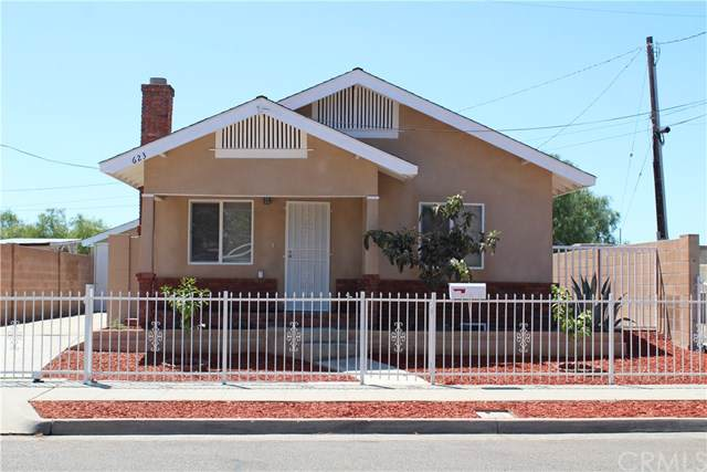 623 N Orchard Street, Fresno, CA 93701 (#FR19181039) :: Fred Sed Group