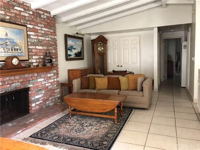 120 Topaz Avenue, Newport Beach, CA 92662 (#NP19178960) :: Fred Sed Group