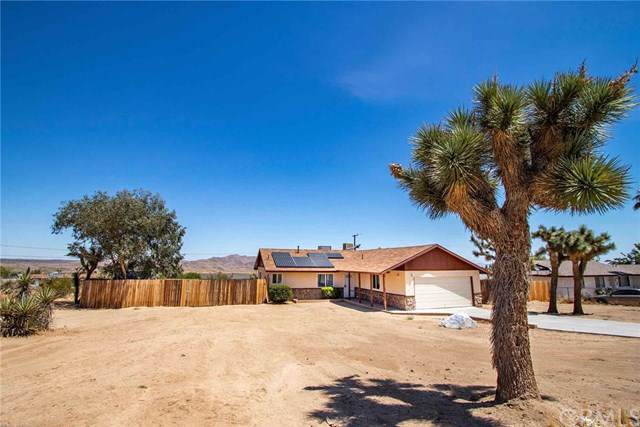 60342 Latham Trail, Joshua Tree, CA 92252 (#JT19182562) :: RE/MAX Masters