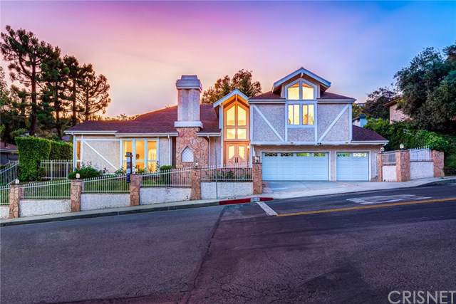2949 Deep Canyon Drive, Beverly Hills, CA 90210 (#SR19181139) :: Fred Sed Group