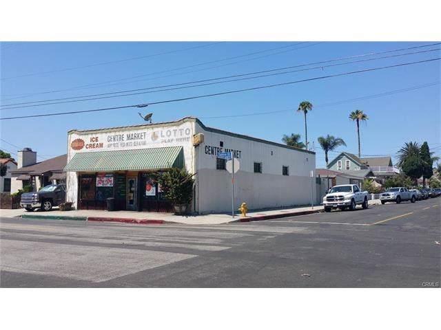 2230 W 2nd Street, Santa Ana, CA 92703 (#PW19183129) :: DSCVR Properties - Keller Williams