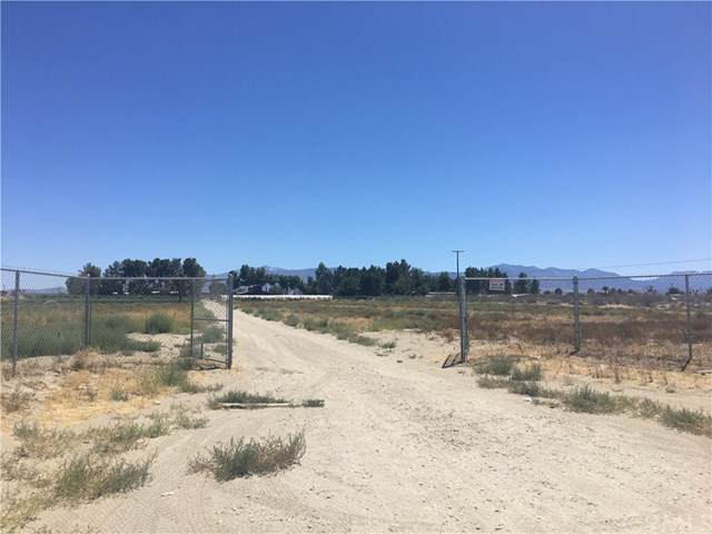 2425 El Mirage Road, El Mirage, CA 92301 (#TR19183264) :: California Realty Experts