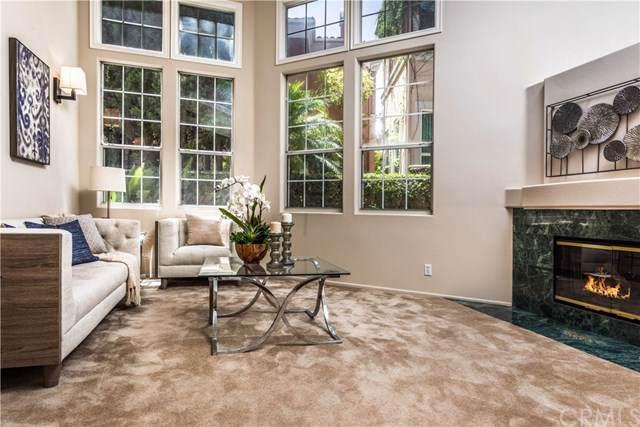 12 Cigliano Aisle, Irvine, CA 92606 (#OC19183514) :: Doherty Real Estate Group