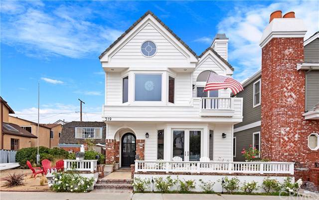 319 Apolena Avenue, Newport Beach, CA 92662 (#OC19183944) :: Fred Sed Group