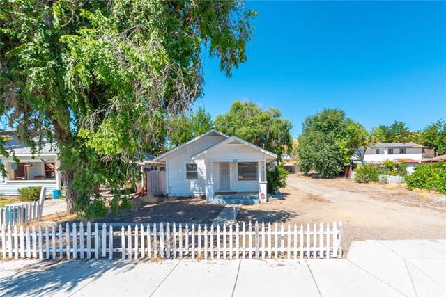 1075 Mission Street, San Miguel, CA 93451 (#NS19184269) :: RE/MAX Parkside Real Estate