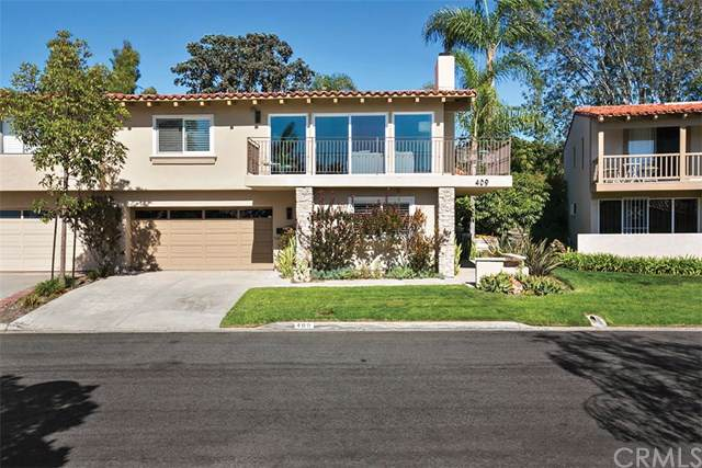 409 Vista Grande, Newport Beach, CA 92660 (#NP19184491) :: Team Tami