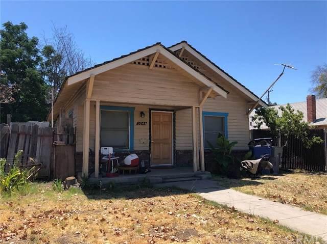 2044 E Clay Avenue, Fresno, CA 93701 (#FR19185934) :: Fred Sed Group
