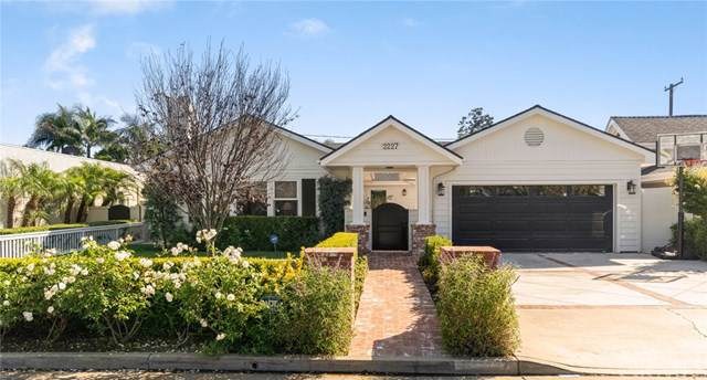 2227 Holly Lane, Newport Beach, CA 92663 (#NP19186651) :: Sperry Residential Group