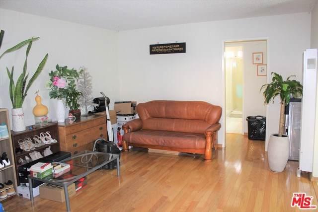 2501 W Redondo Beach Boulevard #112, Gardena, CA 90249 (#19497248) :: Faye Bashar & Associates