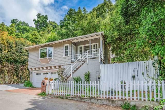 9736 Yoakum Drive, Beverly Hills, CA 90210 (#SR19188049) :: Veléz & Associates