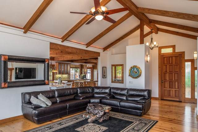 216 Vista Verde, Carmel Valley, CA 93924 (#ML81763627) :: McLain Properties