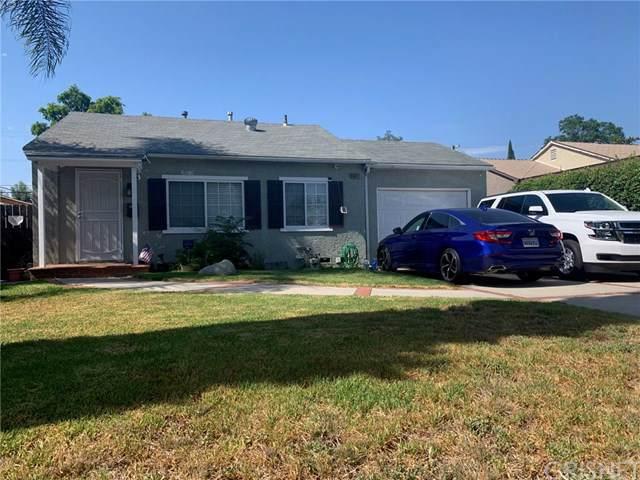 16027 Leadwell Street, Lake Balboa, CA 91406 (#SR19188538) :: Veléz & Associates
