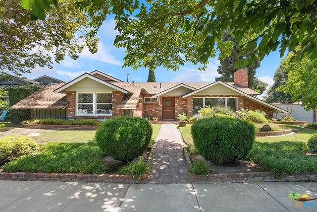 11812 W Silver Fox Road, Rossmoor, CA 90720 (#19497370PS) :: California Realty Experts