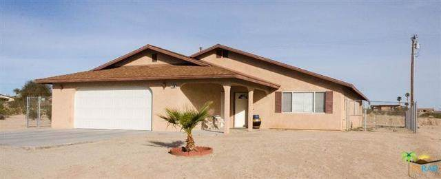 73596 Buena Vista Drive, 29 Palms, CA 92277 (#19497746PS) :: Heller The Home Seller