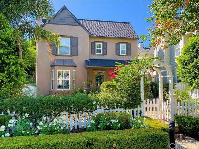 23933 Windward Lane, Valencia, CA 91355 (#SR19190348) :: Go Gabby