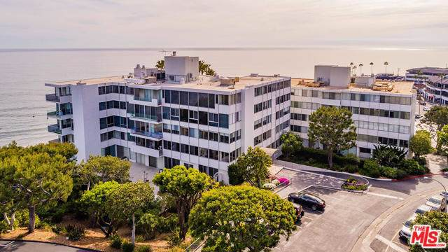 17366 W Sunset Boulevard #202, Pacific Palisades, CA 90272 (#19498284) :: The Miller Group