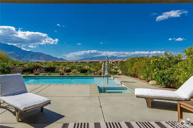 28857 W Natoma Drive, Cathedral City, CA 92234 (#219021605DA) :: Z Team OC Real Estate