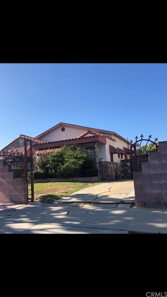 3003 W 78th Place, Inglewood, CA 90305 (#PW19192935) :: Allison James Estates and Homes