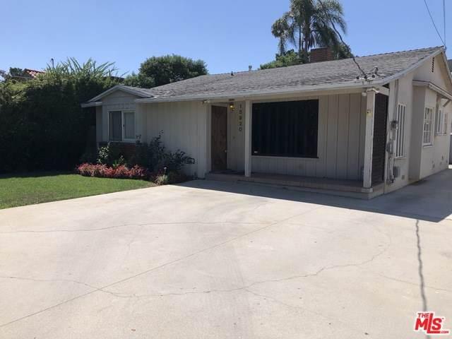 15920 Bassett Street, Lake Balboa, CA 91406 (#19499306) :: Veléz & Associates
