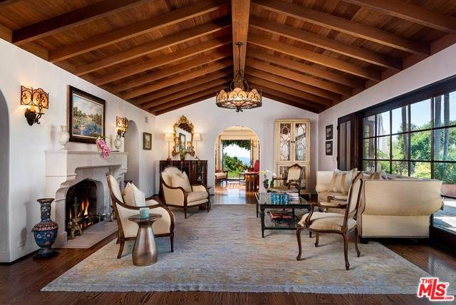 2166 Mission Ridge Road, Santa Barbara, CA 93103 (#19499414) :: RE/MAX Parkside Real Estate