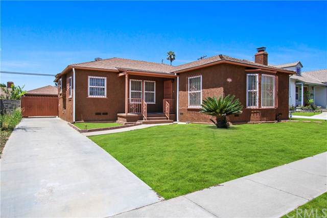 10233 S Van Ness Avenue, Inglewood, CA 90303 (#DW19186227) :: Allison James Estates and Homes