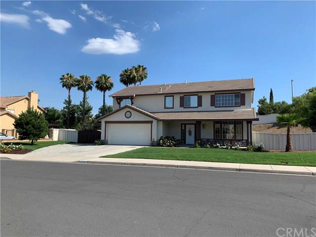 15153 Chaumont Street, Lake Elsinore, CA 92530 (#IG19194228) :: Fred Sed Group