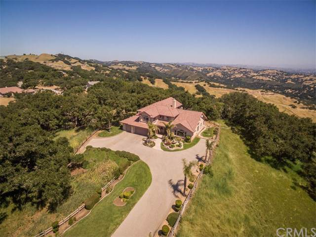 12275 San Marcos Road, Atascadero, CA 93422 (#SP19194233) :: Twiss Realty