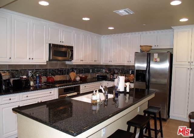 12975 Agustin Place #306, Playa Vista, CA 90094 (#19499828) :: Team Tami