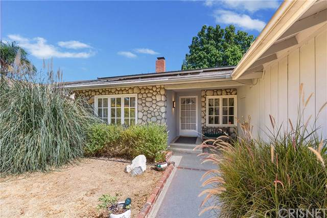 20131 Lorne Street, Winnetka, CA 91306 (#SR19193722) :: The Marelly Group | Compass