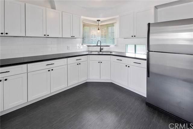 1207 W 6th Street, Pomona, CA 91766 (#PW19189082) :: Mainstreet Realtors®