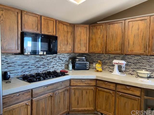 9445 Yucca Hills Road, Agua Dulce, CA 91390 (#SR19194489) :: RE/MAX Estate Properties