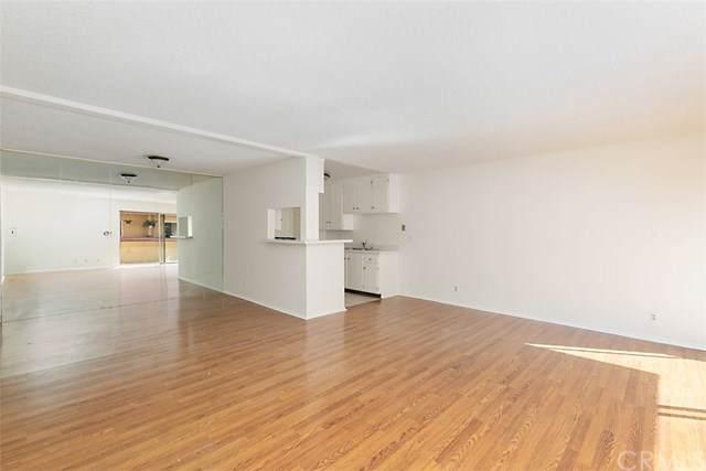 855 Victor Avenue #212, Inglewood, CA 90302 (#OC19194962) :: Allison James Estates and Homes