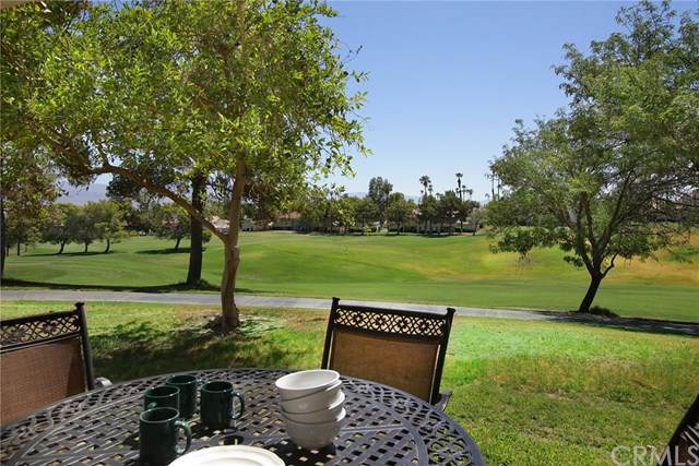 246 Vista Royale Circle E, Palm Desert, CA 92211 (#PW19194060) :: Provident Real Estate